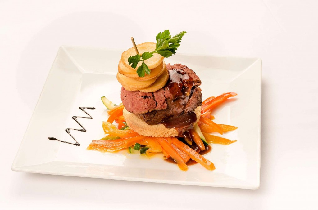 Delicious and delectable meals at Monterey