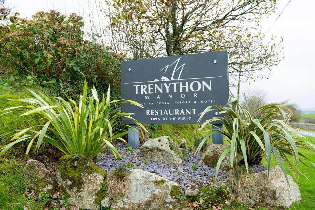 Sign of the Trenython Manor restaurant