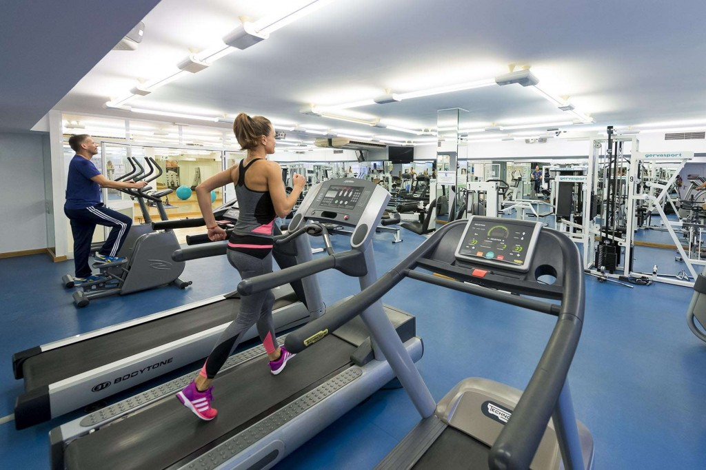 Guests burn off calories at the Marina del Rey fitness centre